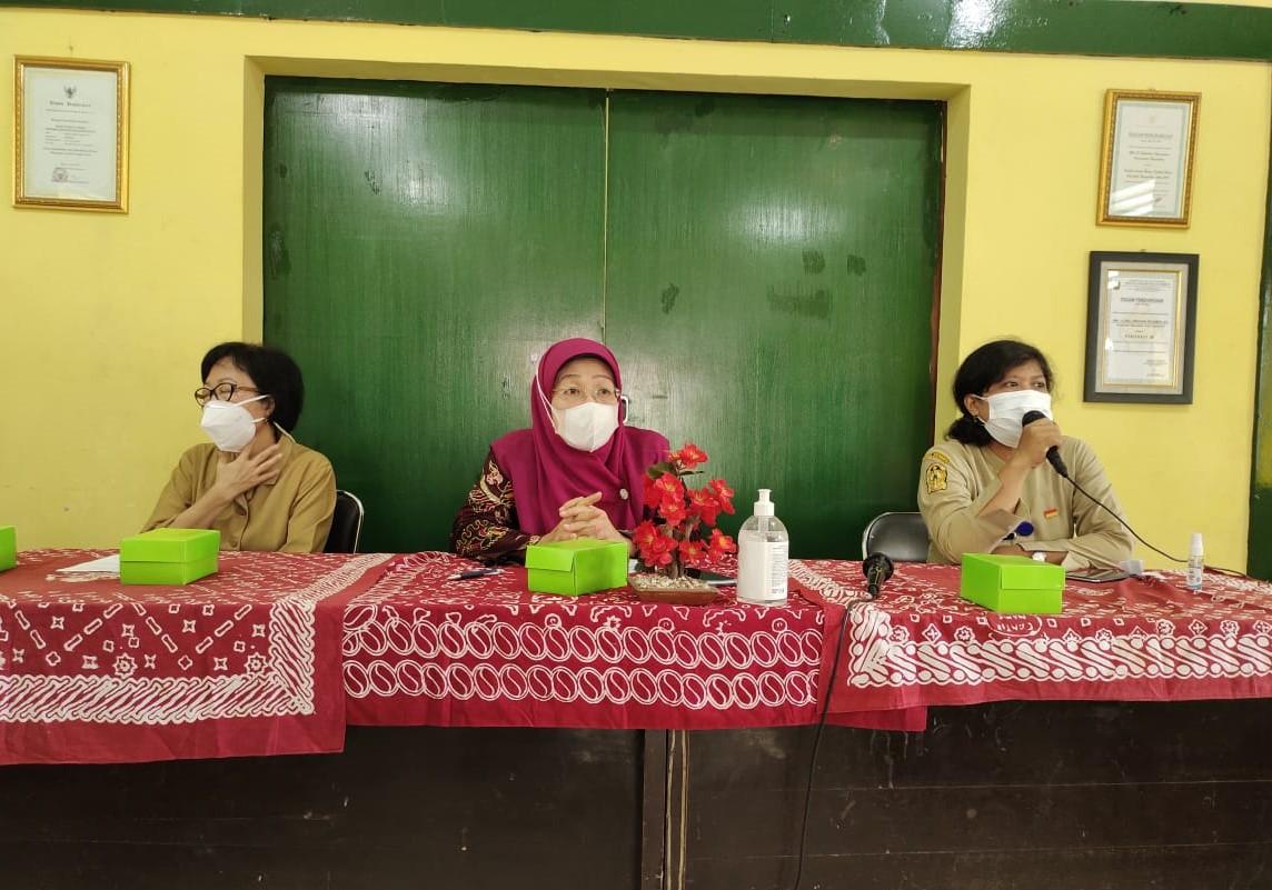 Disperindag DIY Gelar Pelatihan IKM Batik Tulis Bagi Anggota IKM Batik Kelurahan Notoprajan dan Ngampilan
